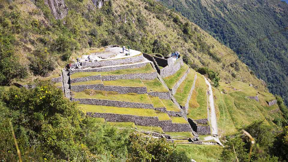 peru tourist attractions inca trail puyupatamarca